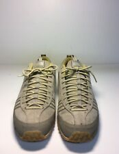 The North Face Women's Size 7 Walking Hiking Vibram Shoes Brown Gray Yellow