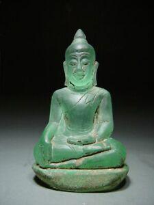 RARE. ANTIQUE 'PHRA HIN' QUARTZ STONE MEDITATING BUDDHA. 17/18th C.