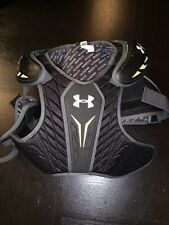 Under Armour Youth Size Small Lacrosse Shoulder Pads With Gloves Size Medium