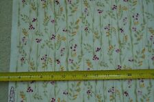 """27"""" Long x 42"""" Wide, Floral on Cream Quilter's Cotton Tracy Porter M6844"""