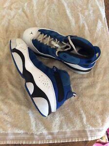 Nike Air Jordan Youth Size 2 Blue, Black, White Sneakers