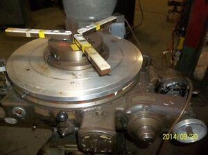 "Pratt & Whitney 24"" Horizontal Motorized Rotary Table"