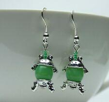 Frosch Ohrhänger Ohrringe mit syntetischer Jade Perle