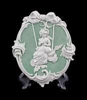 9941250 Porzellan Wandbild Relief Jugendstil-Mädchen 15x2x18cm