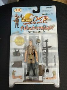 The Ultimate Soldier 1:18  Fallschirmjager Private Keitel- NIB