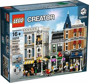 LEGO CREATOR 10255 Assembly Square BRAND NEW and SEALED!