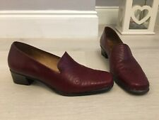 Pitillos Burgundy Red High Instep Court Shoes Size 3