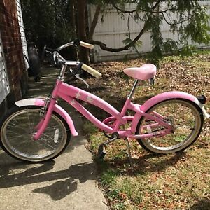 Pink and White Dino Bikes 164R-HK 16-Inch Hello Kitty Bicycle Sanrio