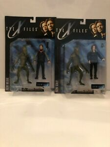 X-Files McFarlane Toys Series 1 Lot of 2 Mulder + Scully with Aliens 1998 NM/MT!