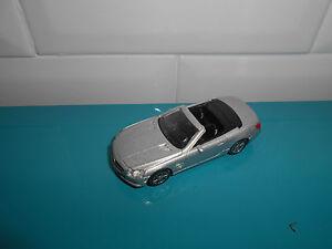 11.06.17.2 Mercedes benz SL Klasse gris voiture miniature Norev 3 inch inches