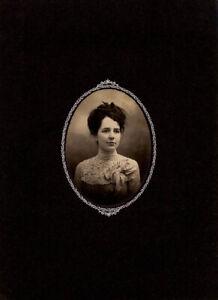 Original Vintage Photo - Woman
