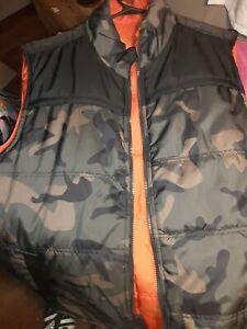 Hunting/fishing/camping/hiking Reversible Mens Vest. Camo/Neon Orange. Zip...