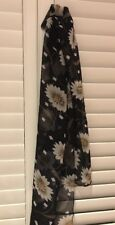 Black Daisy Print scarf. New
