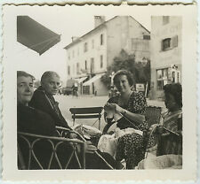 PHOTO ANCIENNE - FEMME TRICOT BISTROT - WOMAN KNITTING CHILD - Vintage Snapshot