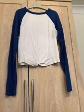 hollister t shirt S