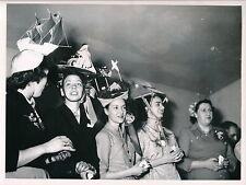 MODE c. 1950 - Créations Chapeaux Couture   DIV 4848