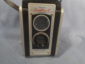Vintage Kodak Duaflex II Box Camera Kodet Lens + Strap