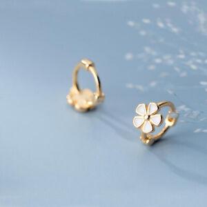925 Sterling Silver Flower Huggie Hoop Earrings A1181