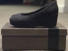 Novo Black Suede Platform Heels Size 5