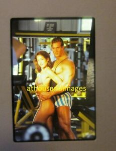 35mm Slide Photo Sexy Beautiful Woman Bikini Handsome Bodybuilder Man Buff JG95