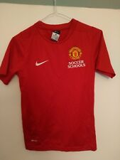 Official Manchester United Soccer School shirt - Size 8 - 10 years
