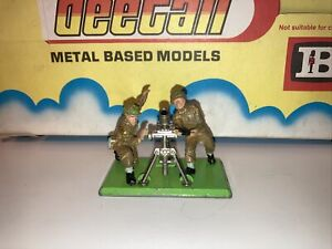 britains deetail toy soldiers 1971 Morta