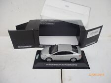 TOYOTA AVENSIS LIMOUSINE IN SILVER GREY OPTIMAL DRIVE 1:43 Minichamps NEW OVP