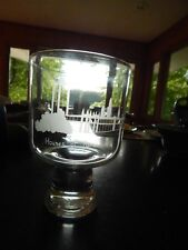 """VNTG CAITHNESS ETCHED GLASS """"HOUSE OF PARLIMENT"""" VASE SIGNED KB CG 1973 ex cond"""