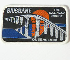 VINTAGE BRISBANE QUEENSLAND EMBROIDERED SOUVENIR PATCH WOVEN CLOTH SEW-ON BADGE