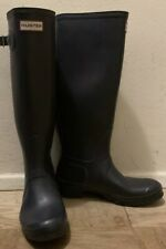 Navy Blue Hunter Boots Size 7M US, 6 UK & 39 EU. Pre- Owned - Tall