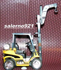 Fork Lift W/Hook Attachment Engine Sound/Music/Light Flashing 1:24 (G)