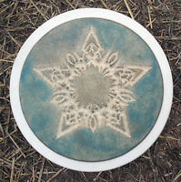 """Plaster concrete Celtic star stepping stone plastic mold 12"""" x 1.5"""" thick"""