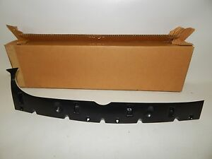 New OEM 1996-1999 Ford Taurus Mercury Sable Front Bumper Reinforcement Bracket