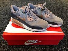 Para mujer Nike Air Max 90 Seta De Gamuza/Bronce Entrenadores Talla 4 Reino Unido (usado una vez)