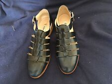 Ladies Clarks Leather Shoes Size 6