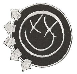 Ecusson badge patche Blink Punk Rave party Smile thermocollant rock patch