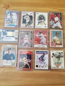 Lot of 12 BASEBALL AUTOGRAPHS  signed baseball cards