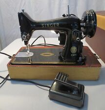 1958 THE SINGER SEWING MACHINE 99K W/CASE LIGHT ATTACHED Vintage
