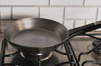 Poêle à Frire Ronde En Acier Inoxydable Revêtement Antiadhésive 24 cm