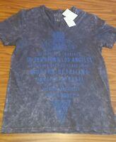 NWT $49.50 Men's GUESS Charcoal Graphic Phantom V-neck T-Shirt - Size MEDIUM