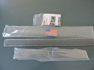 GrillCraft TOY-1967S Silver Grille Lower 3-Pc Insert for 10-13 Toyota Tundra
