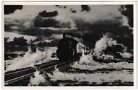 Ansichtskarte Hindenburgdamm mit Lokomotive - Echte Photographie - schwarz/weiß