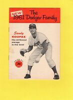 1961 UNION OIL 76 DODGER FAMILY SANDY KOUFAX BOOKLET (IN GREAT CONDITION)!!!!