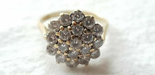 9ct YELLOW GOLD CUBIC ZIRCONIA CLUSTER RING - SIZE K - 2.7 grams