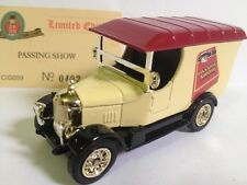 Ford Model PASSING SHOW CIGARETTES TABACO OXFORD DIECAST