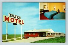 Chrome View of The Crest Motel, AAA, Williamsburg IA, Iowa Postcard