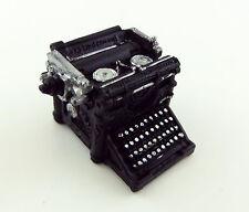 Dolls House Miniature 1:12 Study Office Desk Accessory Underwood Typewriter