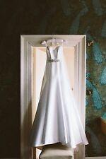 Suzanne Neville Designer Bespoke 'Lily' wedding dress UK size 8