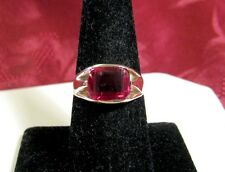 14K Yellow Gold Large Ruby Gem Stone Fashion Style Ring Size 8.25