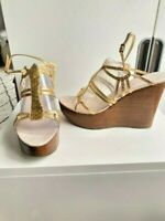 AS NEW GOLD SNAKESKIN LEATHER STRAPPY WEDGE SANDALS - SIZE 41 - ZOE WITTNER